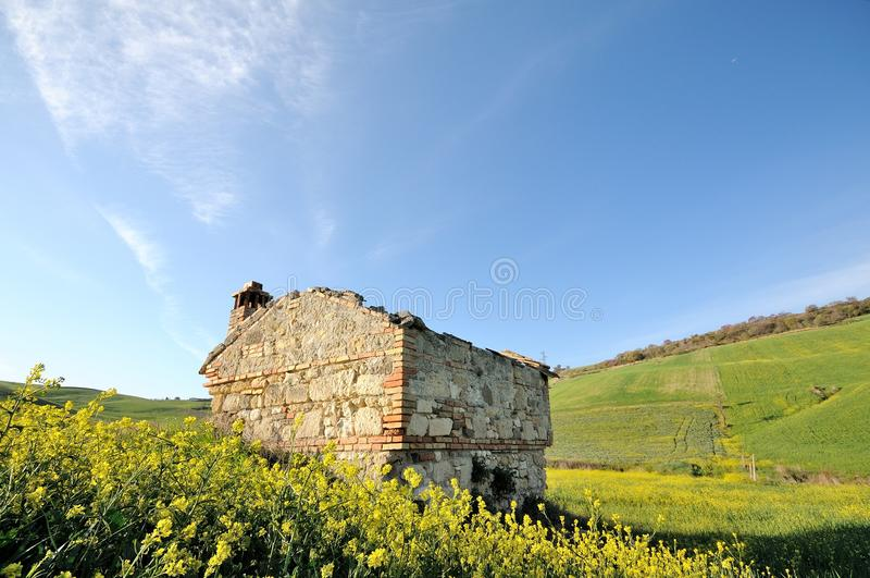 Ruines rurales dans le pays italien photographie stock libre de droits
