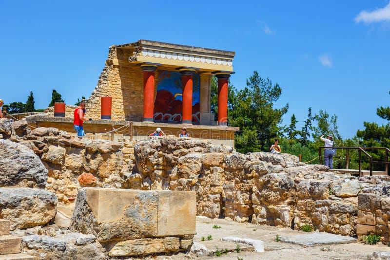 Ruines scéniques du palais de Minoan de Knossos images libres de droits