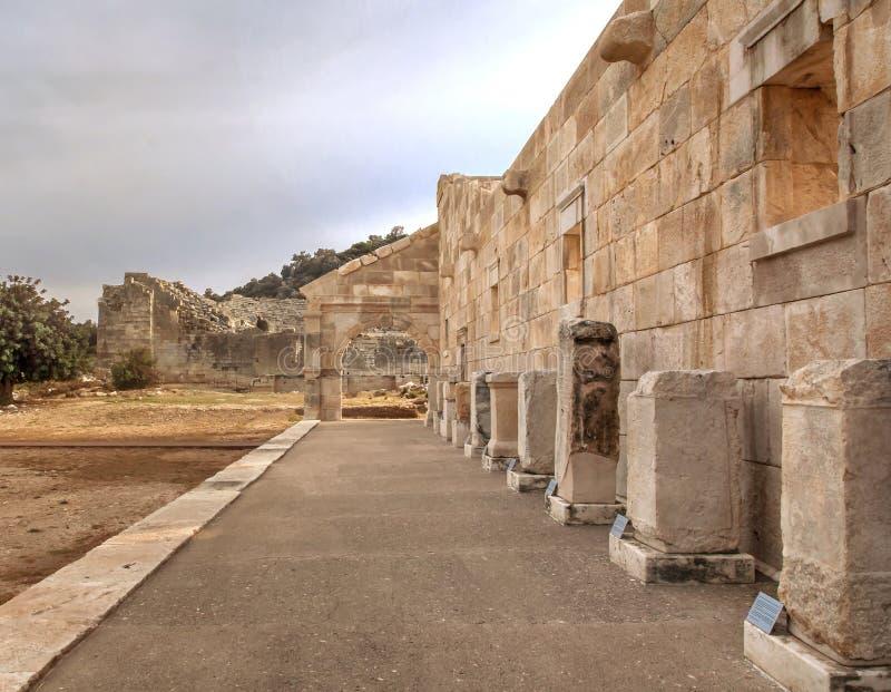 Ruines turques de l'attraction en pierre d'amphithéâtre photo libre de droits