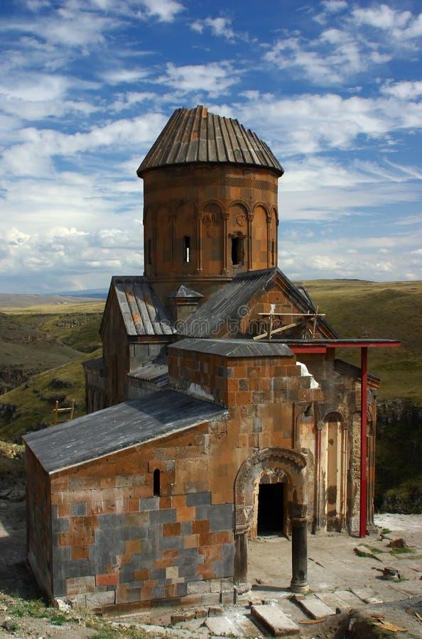 Ruinierte armenische Kirche stockbilder