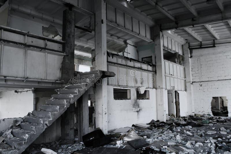 Ruinierter aufbauender Innenraum stockbilder