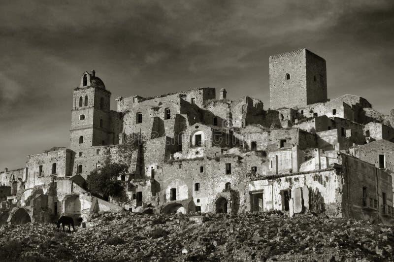 Ruiniertes Dorf von Craco stockfotografie