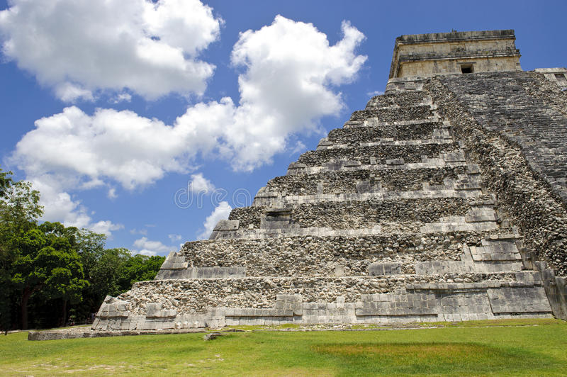 Ruins at Chichen Itza stock images