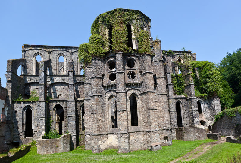 Ruins of the Choir of the church in the Abbey of Villers la Ville, Belgium. Outdoor view on the remains of the Choir of the church in the ruined cistercian abbey stock photo