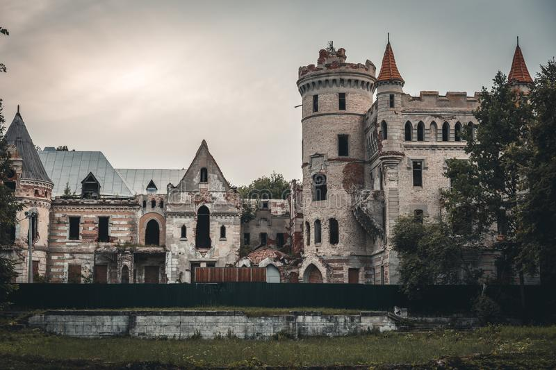 Ruins of destroyed ancient castle of estate of Khrapovitsky in Muromtsevo, Russia stock photography