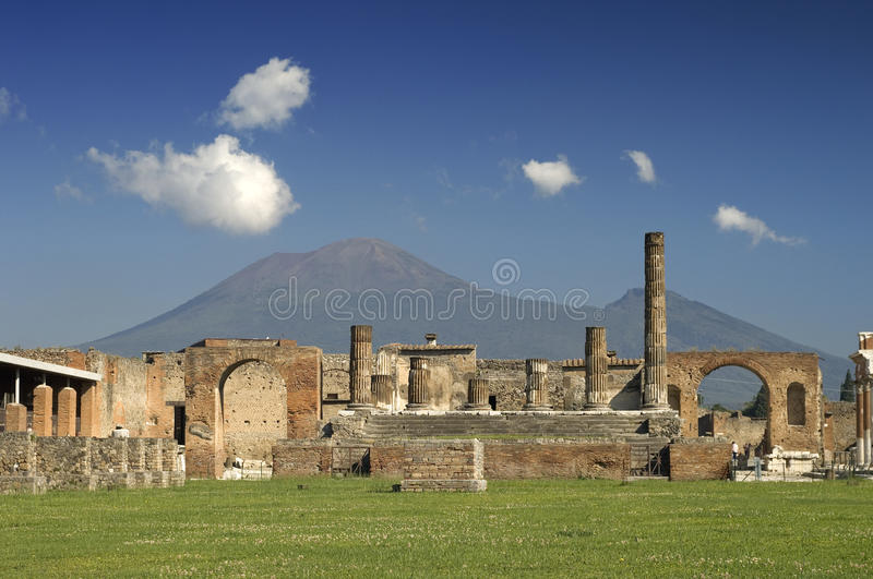 Ruins at Pompeii, Italy. Ruins at Pompeii with mount Vesuvius behind, Italy royalty free stock photo