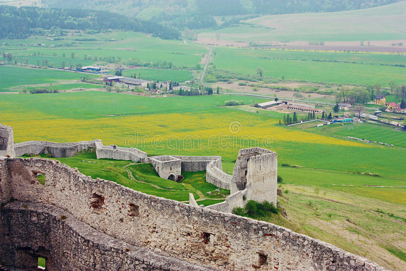 Download Ruins Of Spiss Castle, Slovakia Stock Image - Image: 31591999