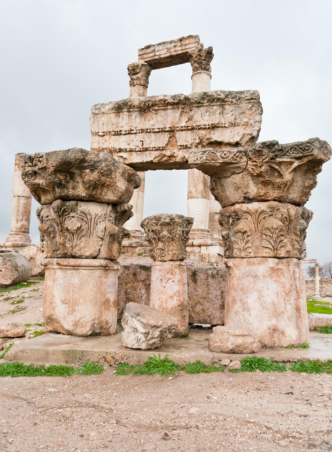 Download Ruins Of Temple Of Hercules In Amman Stock Photo - Image: 23745148