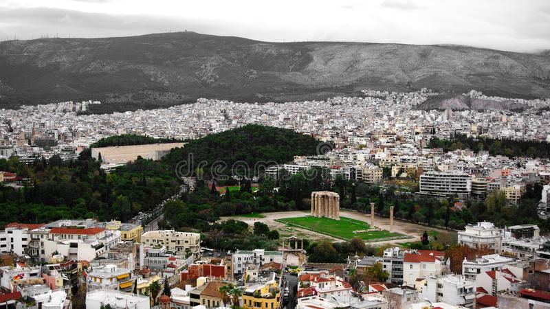 Ruiny świątynia Olimpijski Zeus w Ateny, Grecja fotografia stock