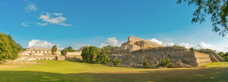 Ruiny antyczny Majski miasto, Kabah Meksyk zdjęcia stock