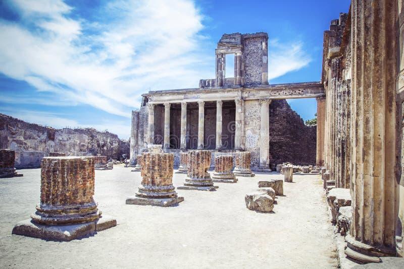 Ruiny antyczny miasto Pompeii blisko wulkanu Vizuvius, Pompei, Naples, Włochy zdjęcie stock