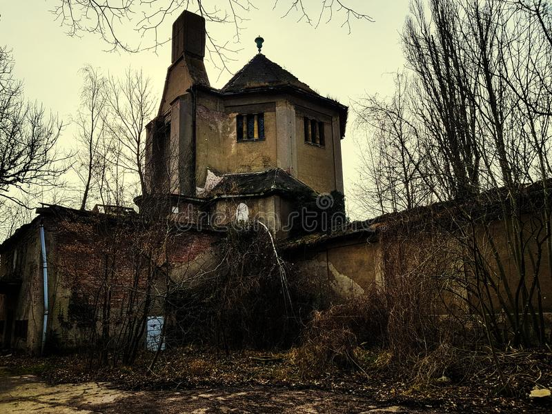 Ruiny crematorium obraz royalty free
