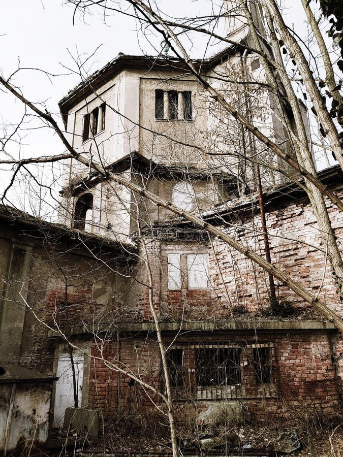 Ruiny crematorium zdjęcia stock