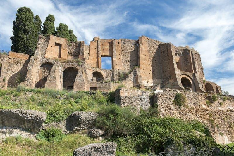 Ruiny Domus Augustana, pałac Domitian na palatynu wzgórzu w Rzym fotografia royalty free