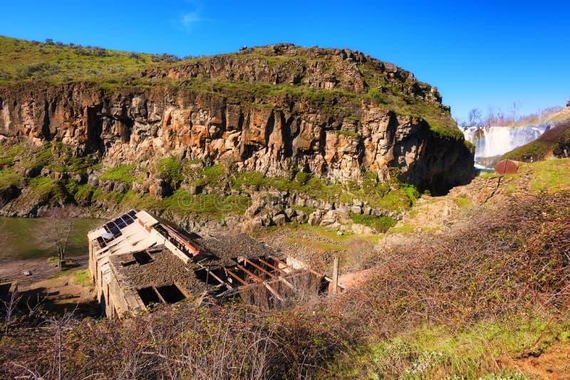 Ruiny energii wodnej roślina przy Białym Rzecznym stanu parkiem obraz royalty free