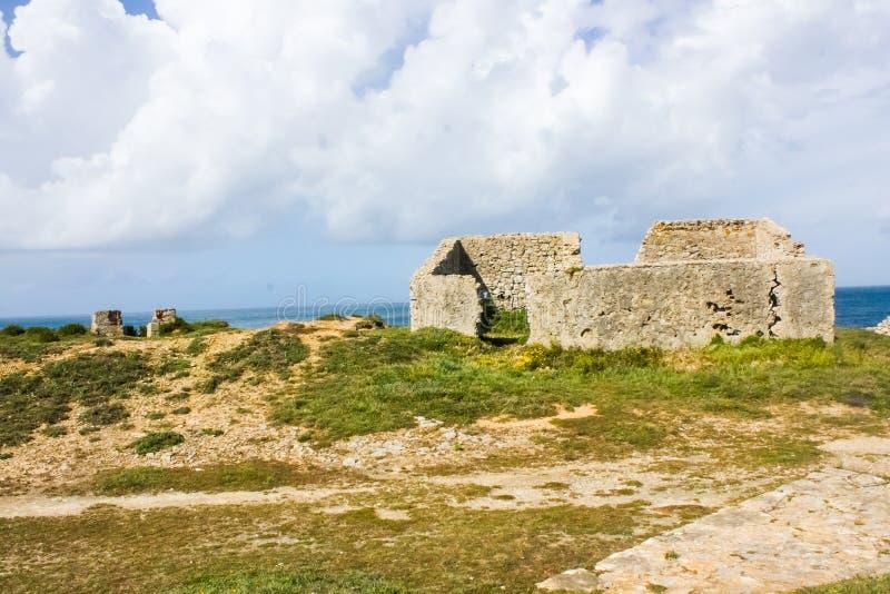 Ruiny forte da Luz fort światło, na Portugalskim westernu wybrzeżu, Peniche zdjęcie royalty free