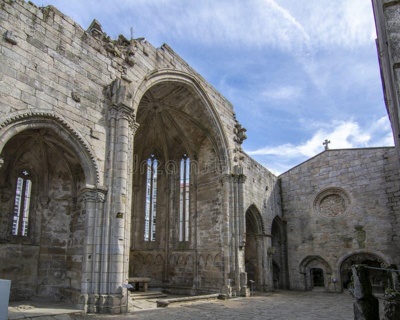 Ruiny gothic stylowy Santo Domingo klasztor w Pontevedra mieście zdjęcia stock