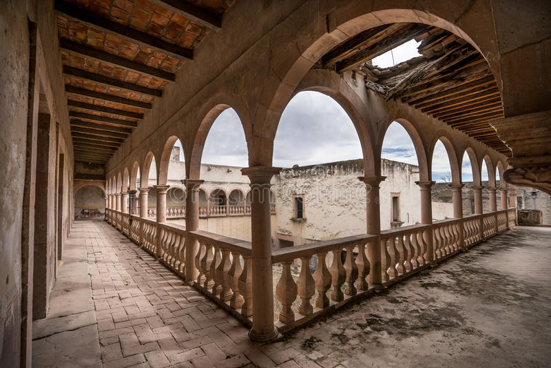 Ruiny jaral De Berrio porzucali hacjendy Mexico obraz royalty free