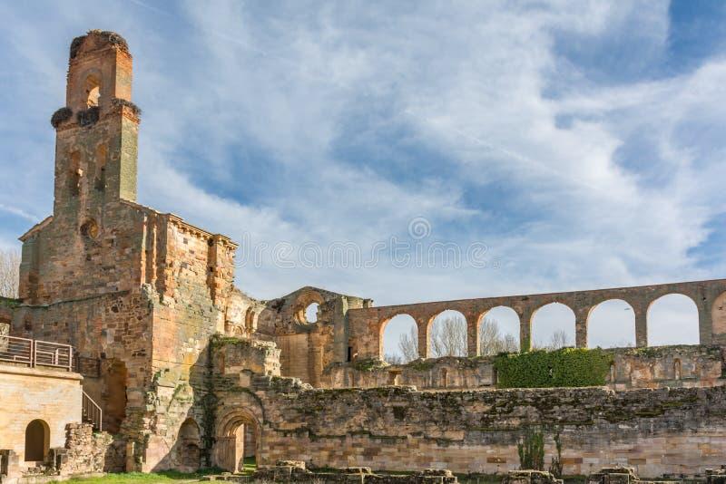 Ruiny monaster Santa marÃa De Moreruela byli monasterem należy Cysterski rozkaz Zamora, Hiszpania obraz royalty free