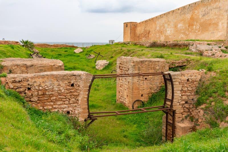 Ruiny na zewnątrz Kasbah Udayas w Rabat Maroko zdjęcia stock