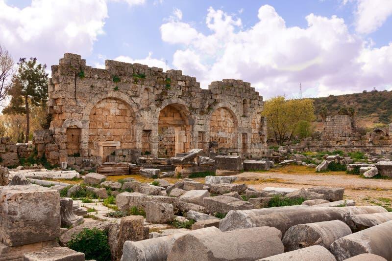 Ruiny Perge antyczny Anatolian miasto w Turcja zdjęcie royalty free