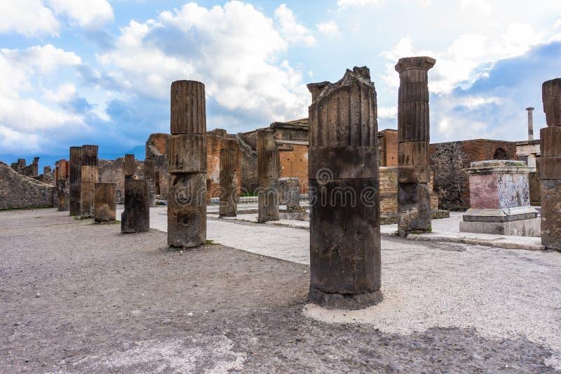 Ruiny Pompeii blisko Naples, Włochy Pompeii jest antycznym Romańskim miastem fotografia stock