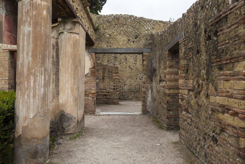 Ruiny przy Herculaneum antycznym rzymskim miastem w Włochy zdjęcia royalty free