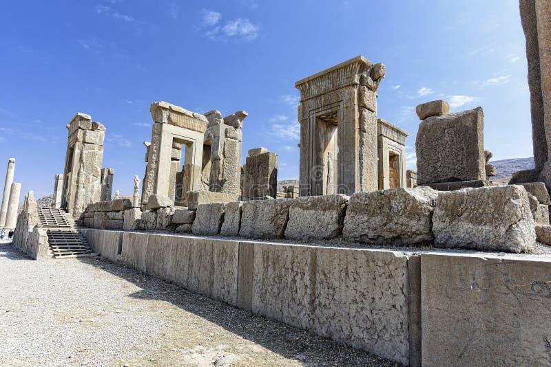 Ruiny przy Persepolis dziejowym miastem, Shiraz, Iran Wrzesień 12, 2016 zdjęcie royalty free