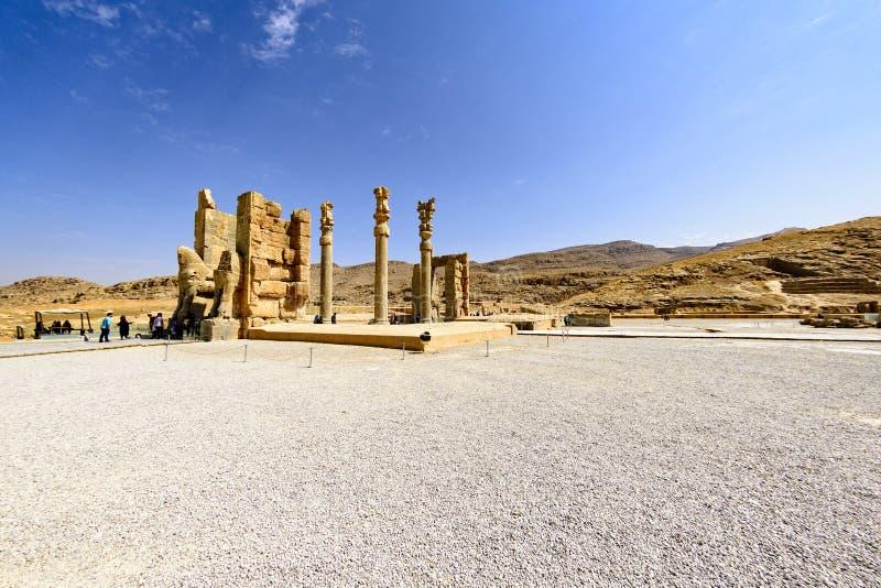 Ruiny przy Persepolis dziejowym miastem, Shiraz, Iran Wrzesień 12, 2016 obraz royalty free