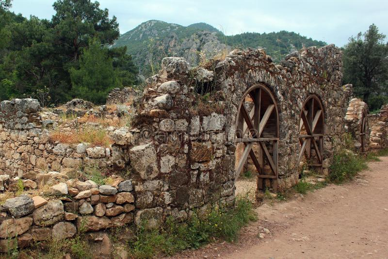 Ruiny starożytnego grka miasteczko Olympos blisko Cirali, Turcja zdjęcie stock