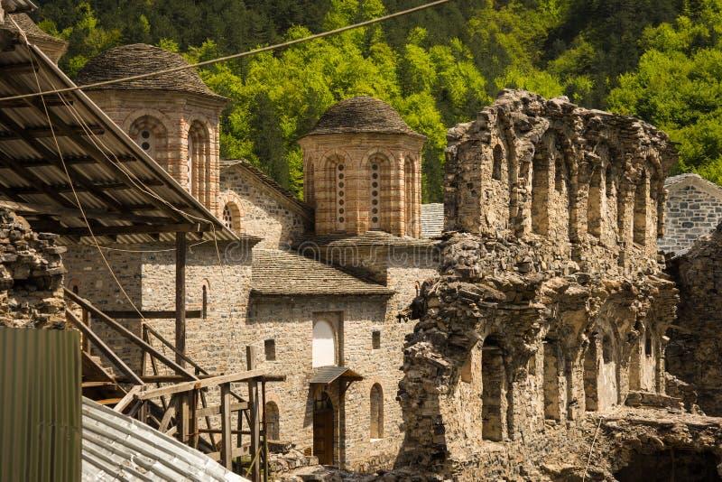 Ruiny stary monaster na górze Olympus zdjęcie royalty free