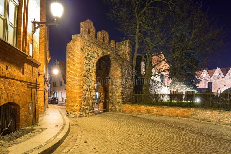 Ruiny Teutońscy rycerze roszują w Toruńskim przy nocą, Polska obrazy stock