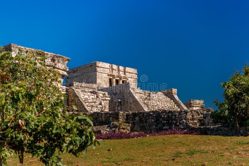 Ruiny Tulum na Karaiby wybrzeżu zdjęcie stock