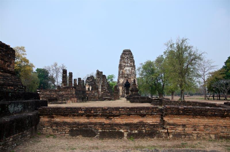 Ruiny unikalne świątynie w sławnym Sukhothai Dziejowym parku zdjęcia stock
