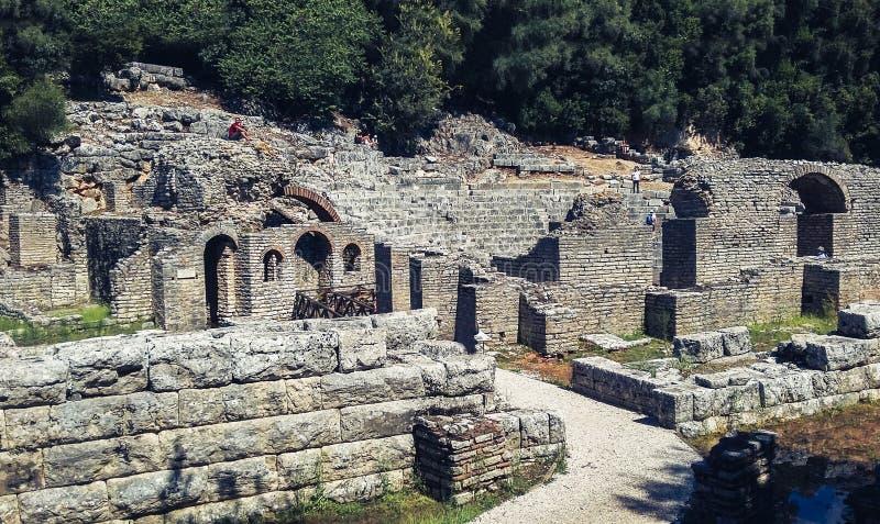 Ruiny w Butrint parku narodowym w południowym Albania blisko Saranda Sarande zdjęcia stock