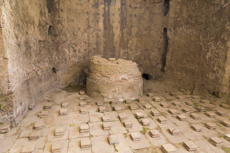 Ruiny wodny przesłuchanie system od Terme Stabiane fotografia stock