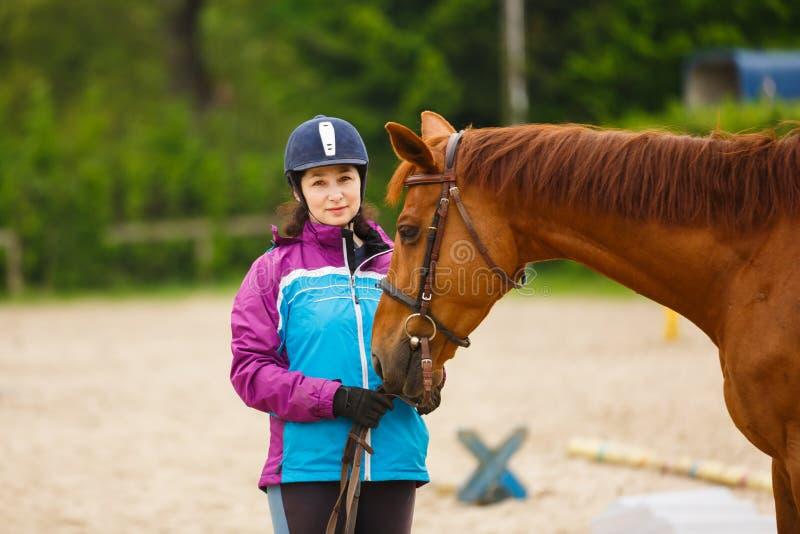 Ruiter met paard stock fotografie