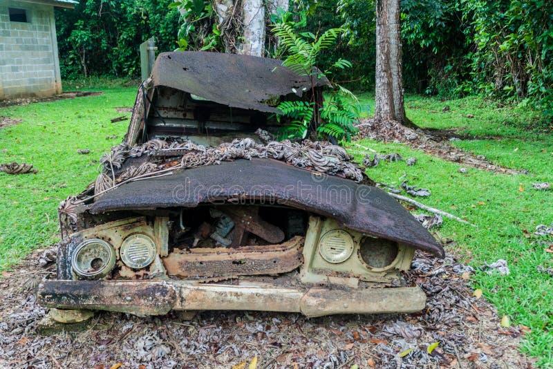 Rujnująca ciężarówka przy leśniczy stacją grzebionatki przyrody Basenowy sanktuarium, Beliz zdjęcia stock