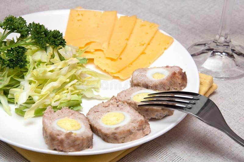 rulle för äggmeatquail arkivfoton