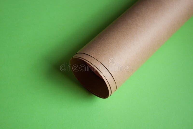 Rulle för Kraft papper royaltyfri bild