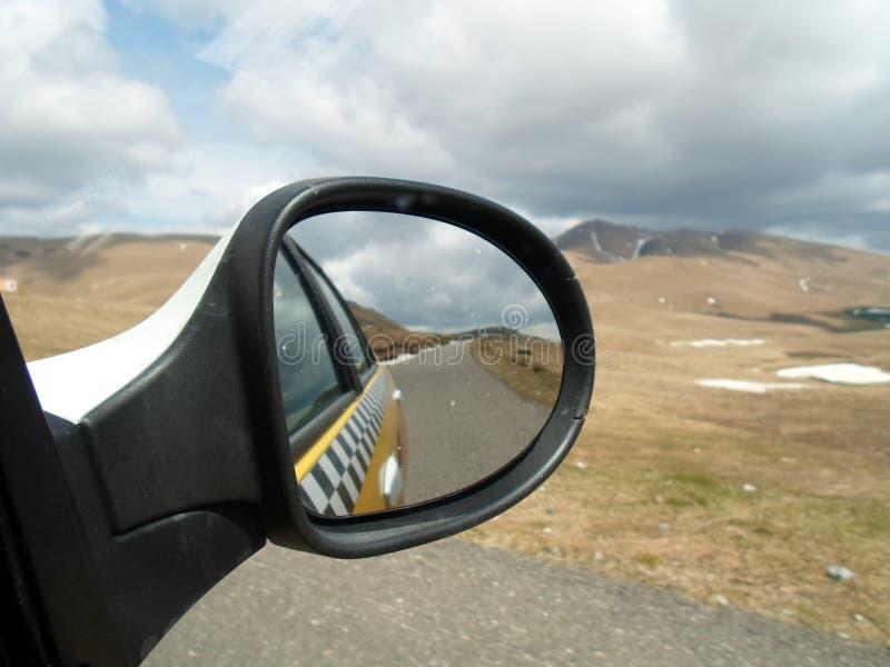 Rumänien durch den Spiegel, Landschaft stockfoto