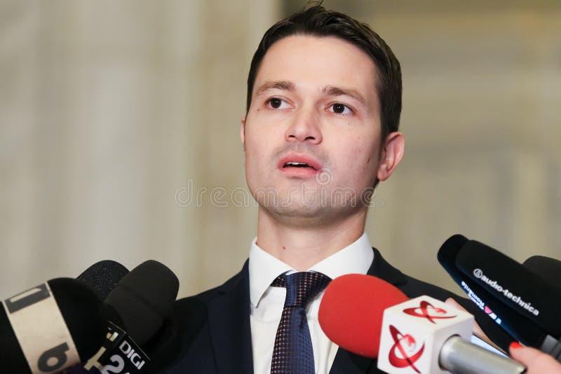 Rumänien-Politik - Robert Ionatan Sighiartau - Nationalliberale Partei stockbilder