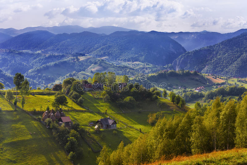 Rumänische Berglandschaft stockbilder