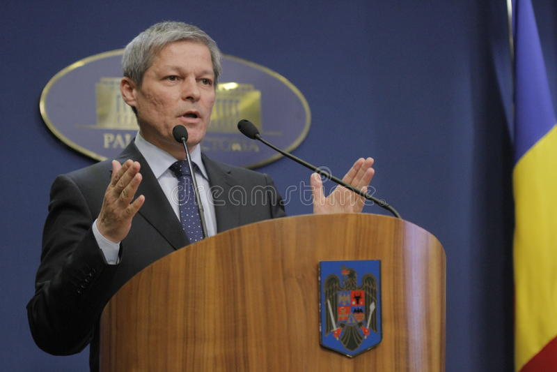 Rumänischer Premierminister Dacian Ciolos stockbild