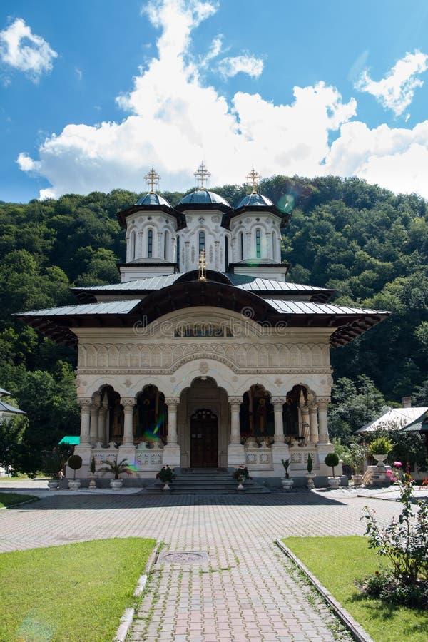 Rumänisches orthodoxes Monaster Lainici stockfotografie