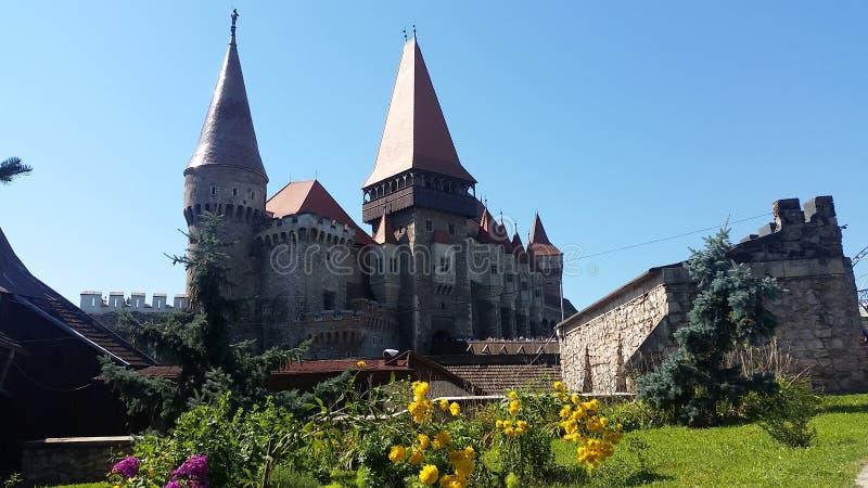 Rumänisches Schloss in Hunedoara stockfotos