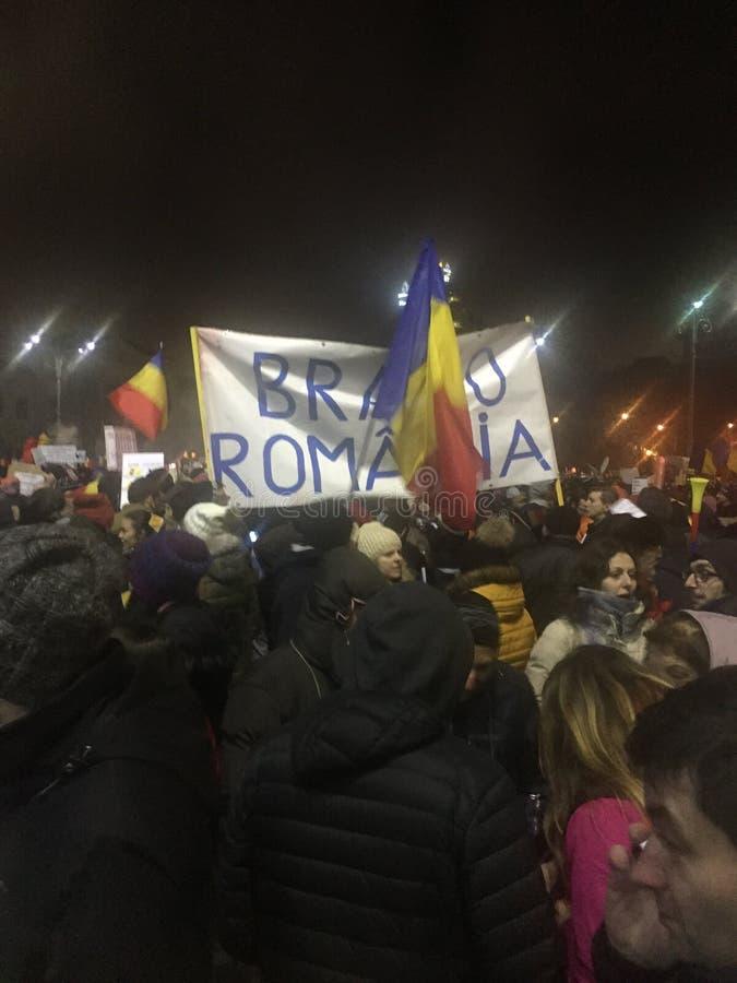 Rumänska antigovprotester royaltyfri fotografi