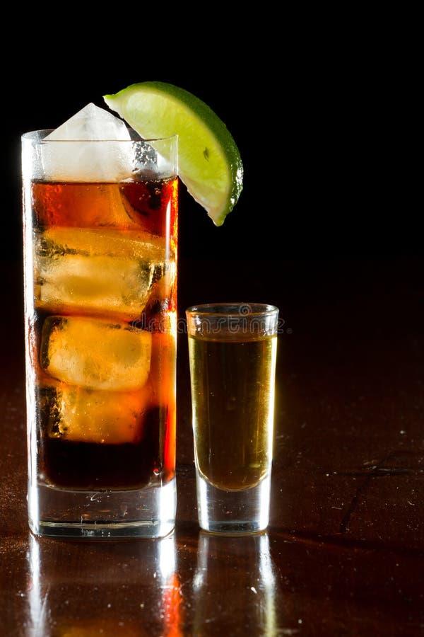 Rum e cola foto de stock