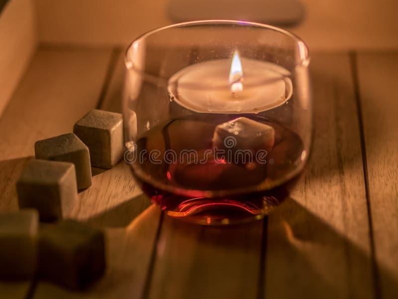 Rum e vela foto de stock