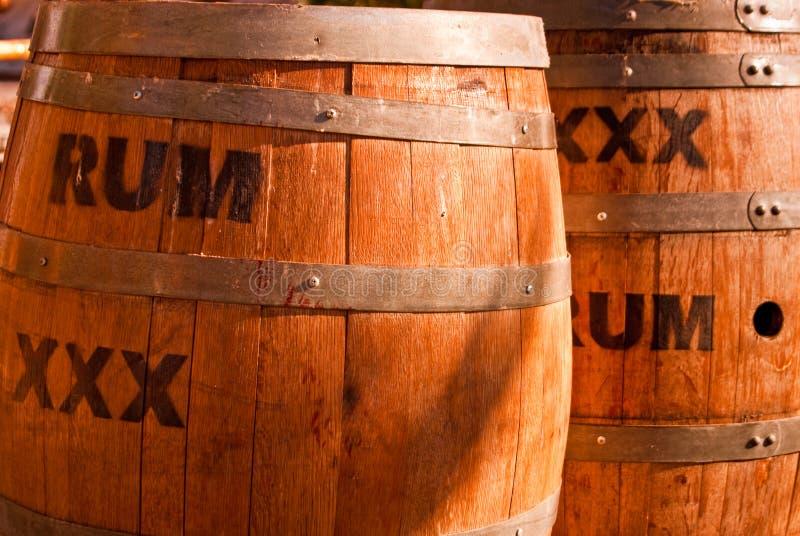 Rum-Fässer stockfotos